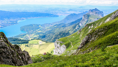 The most beautiful hikes around Lake Annecy